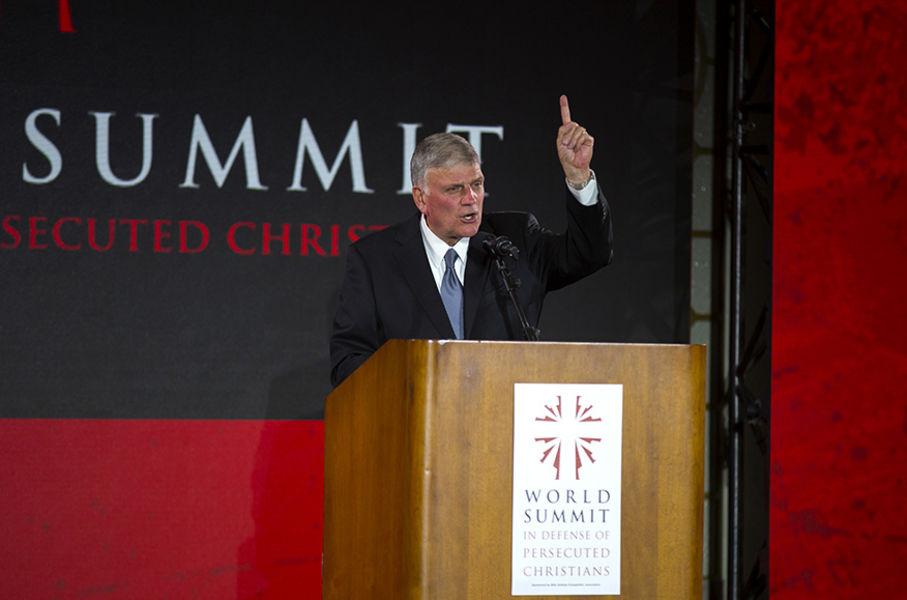 Международный саммит в защиту гонимых христиан