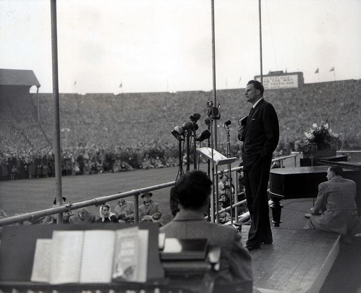 99 годовщина со дня рождения Билли Грэма